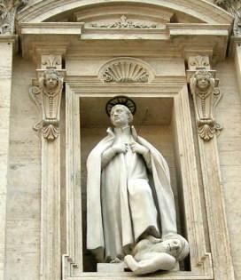 Statua di san Francesco Saverio (facciata)