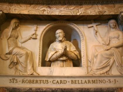 Altare Maggiore: Statua di san Roberto Bellarmino